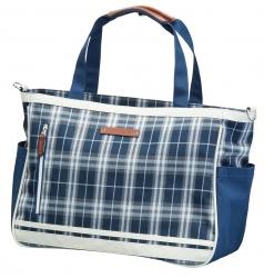 Tote Bag TDTB-1770の商品画像 シューズや帽子なども収まる大収納力のトートバッグ。<br /> ゴルフ以外でも多様なシーンで使用できるデザインも魅力的。<br /> 便利なバッグインバッグが付いており衣類やシューズを持ち運びする際の小分けに使用できます。